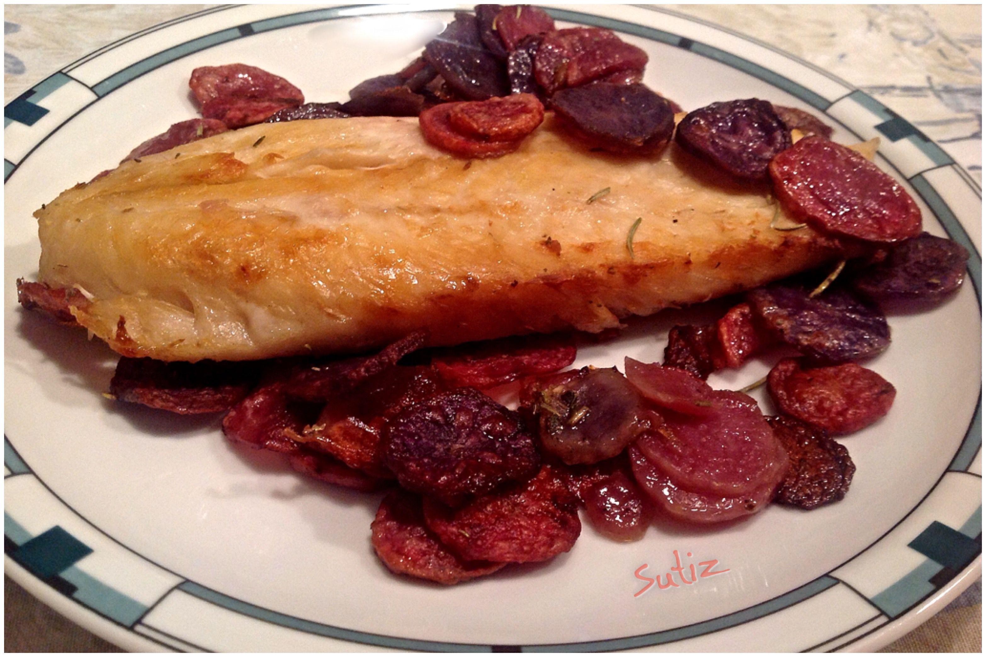 Persico al forno con patate colorate sutiz cucinare - Cucinare pesce persico ...